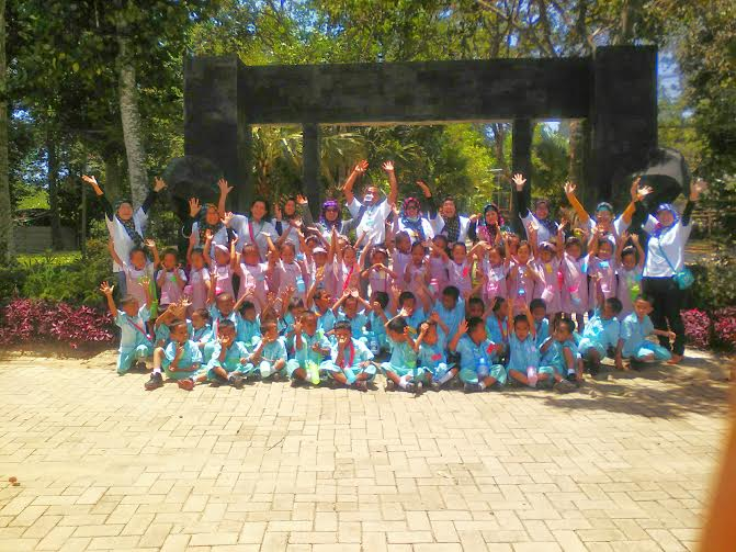 Taman Wisata Lembah Hijau Luncurkan Paket Edukasi Pentas Satwa