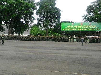 Prajurit TNI dan upacara gelar pasukan di Lapangan Korem 043, Enggal, Bandar Lampung, Rabu, 10/2/2016 | Sugiono/jejamo.com