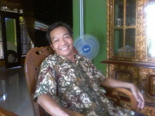 Rachmad Effendi