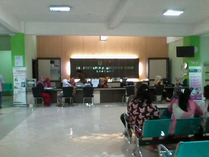 Suasana ruang pendaftaran RS Pertamina-Bintang Amin Bandar Lampung | Sigit/jejamo.com