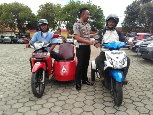 Pertama di Bandar Lampung Penyandang Disabilitas Dapat SIM D