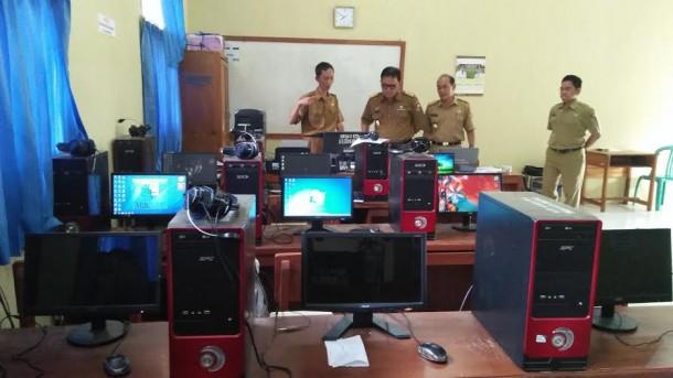 Persiapan Raih Adipura, Sekda Lampung Utara Tinjau Sekolah di Kotabumi