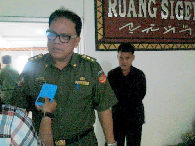 Sekda Lampung Utara Minta Lurah dan Camat Gotong Royong Bersihkan Kota