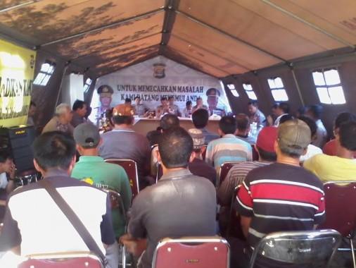 Sopir Angkot Mengadu ke Kapolda Lampung
