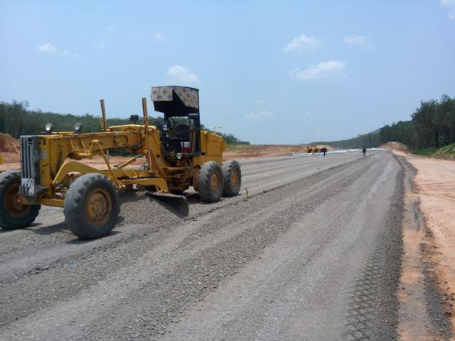 Jalan tol trans Sumatera menjadi satu dari beberapa kemajuan pembangunan infrastruktur Lampung. | Widya/Jejamo.com