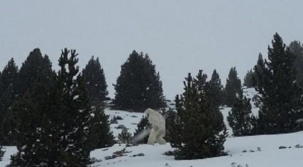 Heboh Penampakan Monster Gunung Yeti di Lokasi Ski Spanyol