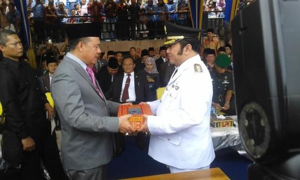Bupati Lampung Selatan Tak Langsung Kerja Usai Dilantik