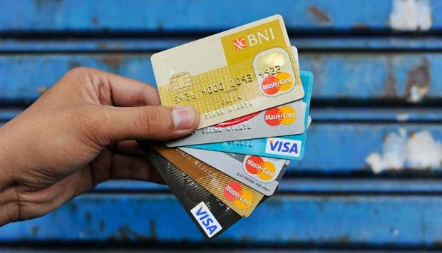 Kartu Kredit (Ilustrasi). | duitpintar.com