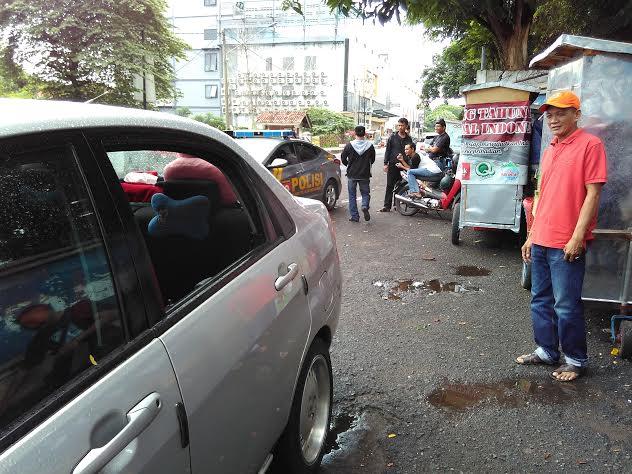 Breaking News: Aksi Pecah Kaca Mobil Terjadi di Enggal Bandar Lampung