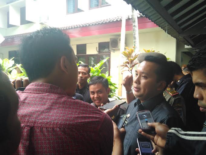 Gubernur Lampung, M. Ridho Ficardo usai menghadiri rapat bersama Pemkot dan Forkompimda di gedung Semergou, Kamis, 4/2/2016. | Sigit Sopandi/Jejamo.com