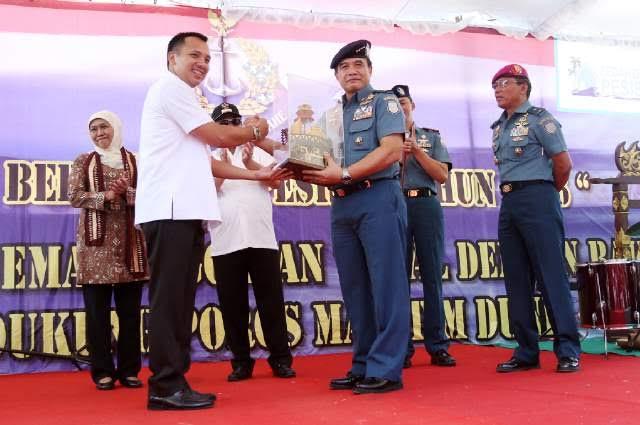 Gubernur Lampung M Ridho Ficardo dalam acara Bedah Desa Pesisir Tahun 2016 di Desa Merak Belatung, Kecamatan Kalianda, Kabupaten Lampung Selatan, Rabu (30/03/2016) | ist
