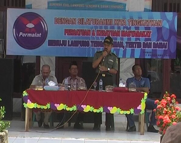 Danramil Kecamatan Gunung Sugih saat memberikan sambutan dalam agenda silaturahmi, bersama masyarakat Kecamatan Bekri | Raeza/jejamo.com