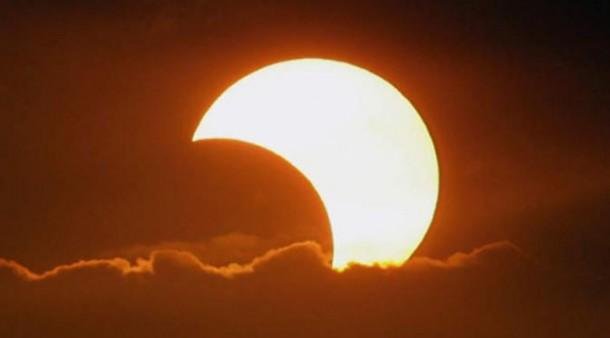 Ingat! Rabu Pagi Warga Lampung Bisa Saksikan Gerhana Matahari
