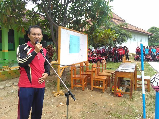 Kepala SMAN 5 Metro, Drs Hanwar Priyo Handoko | Wahyu/jejamo.com