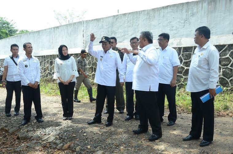 Wali Kota Metro A Pairin meninju Hutan Kota Tejosari, Metro Timur | Tyas/jejamo.com