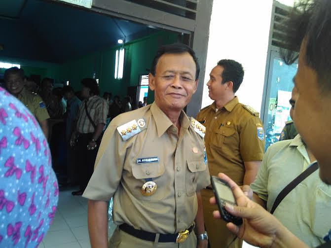 Wali Kota Metro Achmad Pairin melakukan kunjungan kerja ke Kelurahan Hadimulyo Barat, Metro Pusat, Kota Metro, Senin, 7/3/2016 | Wahyu/jejamo.com
