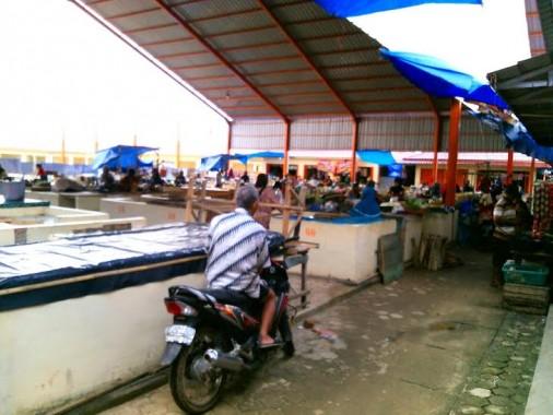 Pasar Mulyo Asri Kabupaten Tulangbawang Barat sepi pembeli | Rengki/jejamo.com