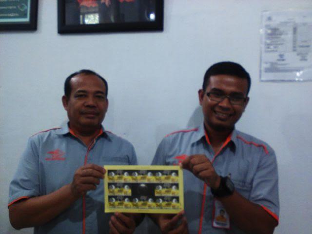 Pecinta Filateli Lampung Bisa Beli Perangko Edisi Gerhana Matahari Total di PT Pos Pahoman