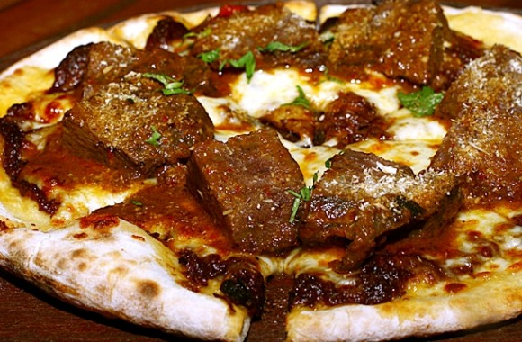 Pizza Rendang