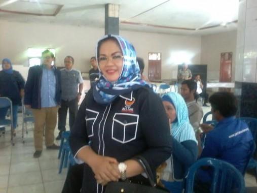 Sahyana, anggota DPRD Lampung asal Nasdem saat verifikasi internal Nasdem Lampung Utara, Sabtu, 26/3/2016. | Lia/Jejamo.com