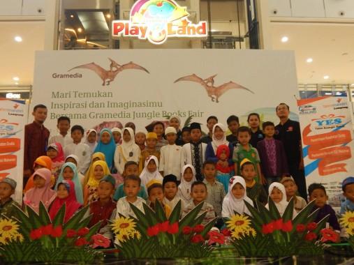 Program Yatim Energic sehat (YES) Yatim Mandiri Lampung diadakan Jumat lalu di Mall Boemi Kedaton Bandar Lampung. | Ist