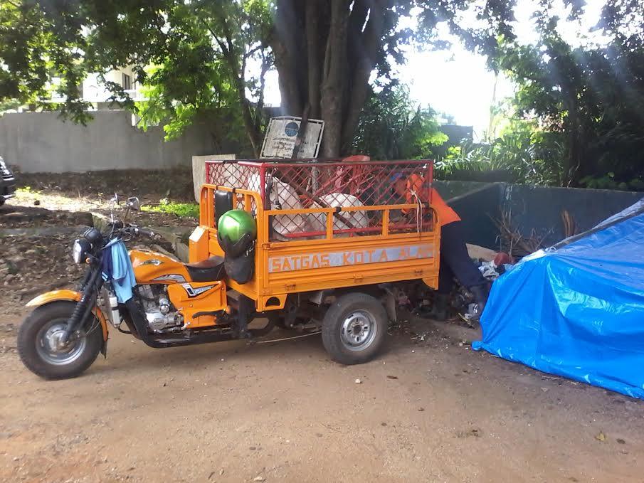 Kendaraan pengangkut sampah. | Mukaddam/Jejamo.com