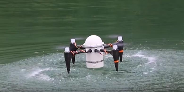 Keren, Drone ini Bisa Terbang dan Menyelam