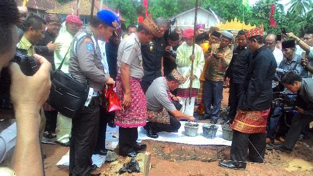 Kapolda Lampung Ikuti Prosesi Anjau Silau di Way Kanan