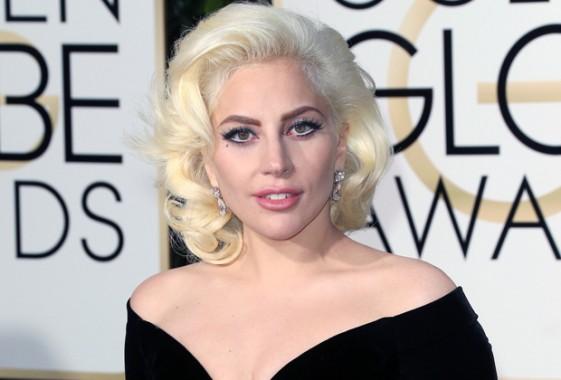 Lady Gaga Mengaku Pernah Menjadi Korban Perkosaan