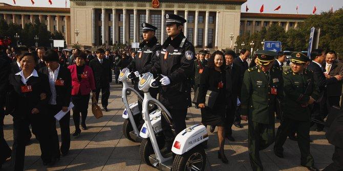Hemat Anggaran, China Bakal Pecat 6 Juta PNS