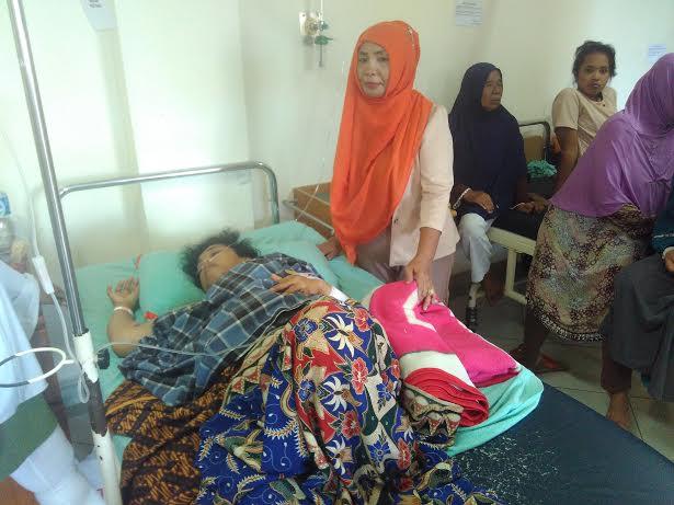 Susi, korban percobaan pembunuhan orang tak dikenal di rawat di Rumah Sakit Graha Bandar Lampung. | Andi/Jejamo.com