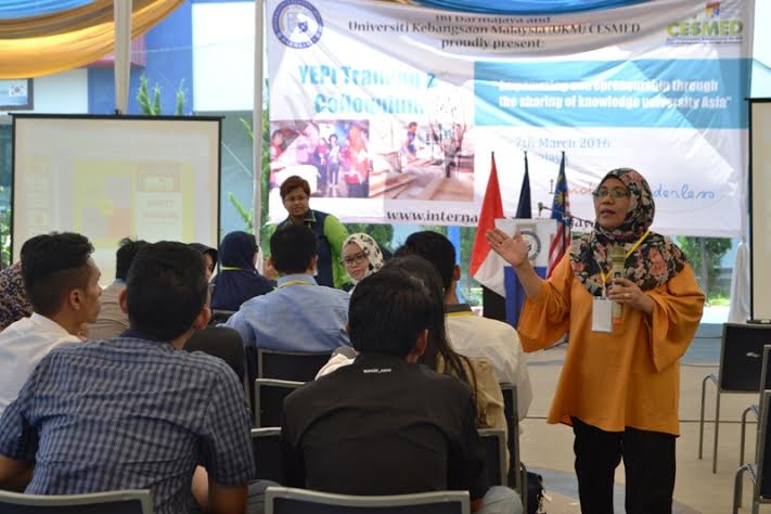 Training entrepreneurship and Colloquium di IBI Darmajaya, Minggu, 6/3/2016. | Ist.