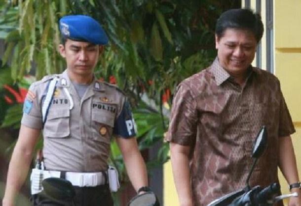 Bupati Tanggamus Bambang Kurniawan berada di SPN Kemiling untuk menjalani pemeriksaan oleh penyidik KPK | Andi/jejamo.com