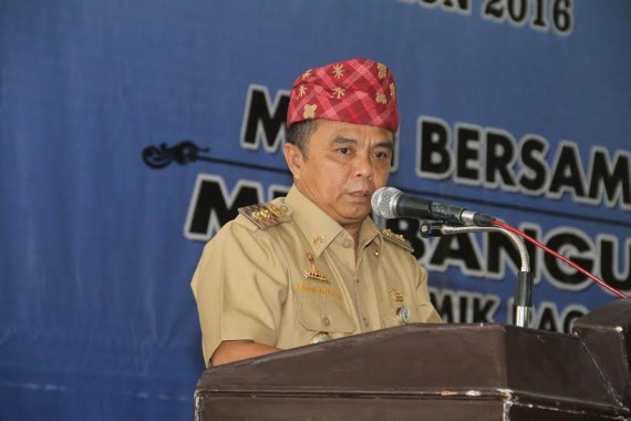 Wakil Bupati Way Kanan Buka Rapat Adat Walu Marga