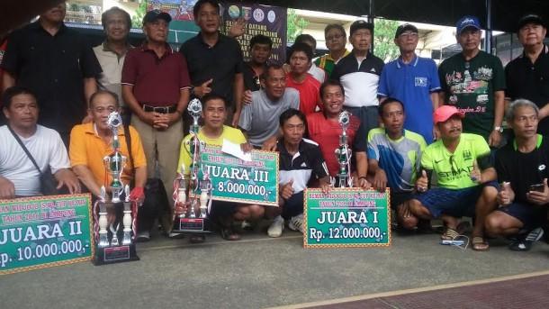 Tim Pemprov Jawa Timur Juara Tenis Veteran Seman Widjojo Cup XIV