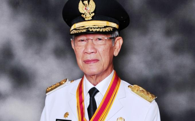 Presiden Jokowi Melayat Gubernur Kepri M Sani di RS Abdi Waluyo