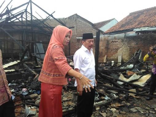 Korban Kebakaran di Sukarame Terima Bantuan 15 Juta dari Walikota Bandar Lampung
