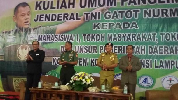 Beri Pengarahan di Korem Gatam Lampung, Panglima TNI: Anak atau Cucu eks PKI Jabat Lurah Sah Saja