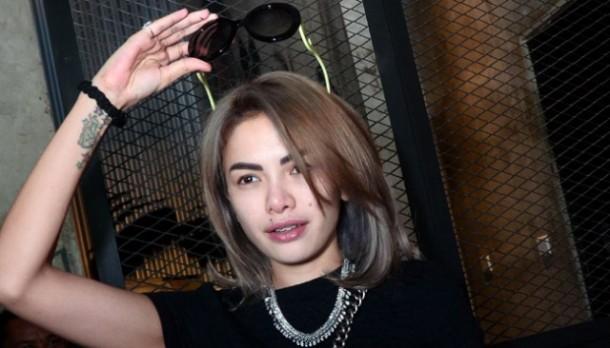 Prostitusi Online, Nikita Mirzani Datangi Mabes Polri