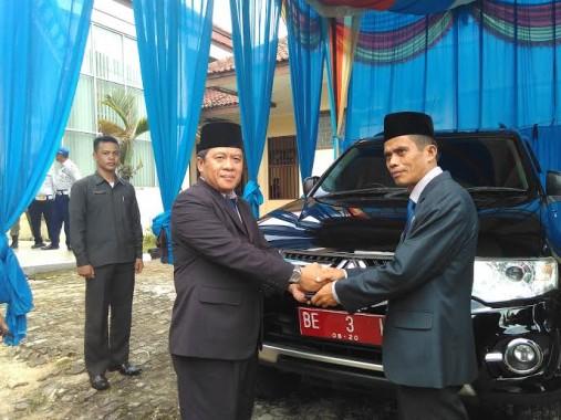 Nikman Karim Dilantik Jadi Ketua DPRD Way Kanan