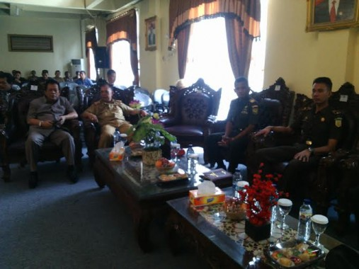 Tamu undangan Rapat Paripurna LKPJ | Parman/jejamo.com