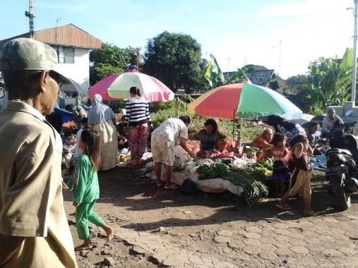Pedagang sayuran di Pasar Pagi Kotabumi, Lampung Utara | Lia/jejamo.com