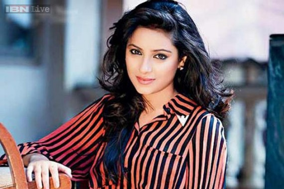 Aktris India Pemain Anandhi, Pratyusha Banerjee Tewas Gantung Diri