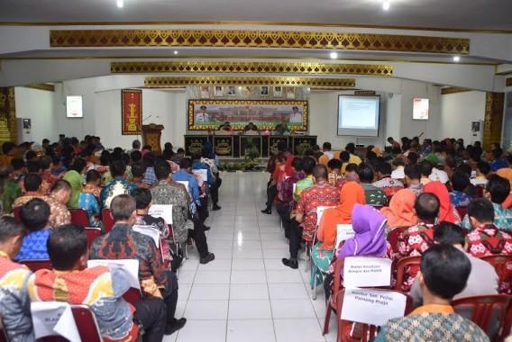 Wabub Lampung Utara Sri Widodo Pimpin Rakor Bulanan