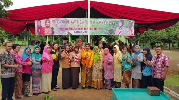 Semarak Hari Kartini SMAN 5 Kota Metro, Ketua DPRD Anna Morinda Hadir