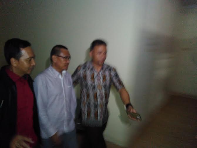 Breaking News: Mantan Pj Bupati Lampung Timur Tauhidi Dibawa ke Kejaksaan Negeri Bandar Lampung
