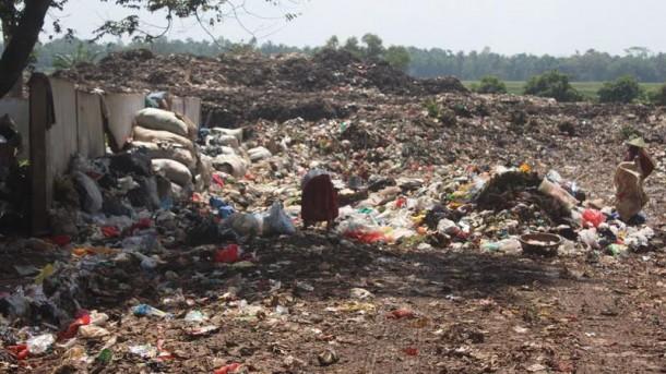 Warga Karangrejo Kota Metro Minta Petugas Netralkan Bau Sampah