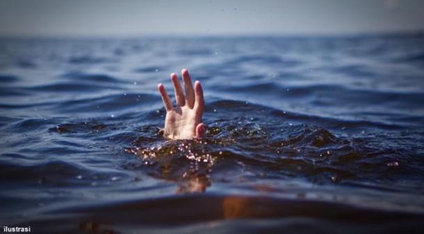 Nelayan Tuban Temukan Wanita Sedang Mendekap Anaknya di Tengah Lautan