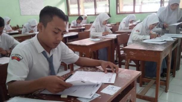 11 Siswa di Lampung Utara Tak Ikut UN karena Menikah