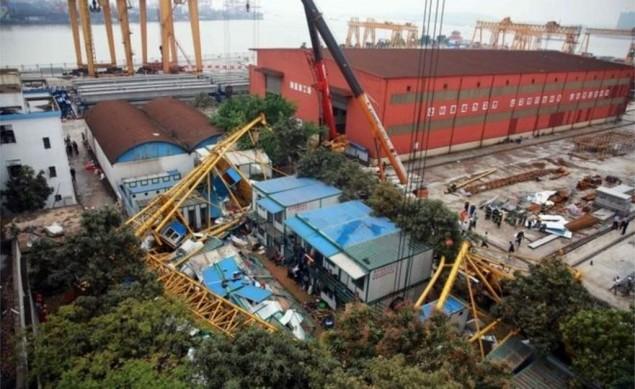 18 Pekerja di Tiongkok Tewas Tertimpa Crane